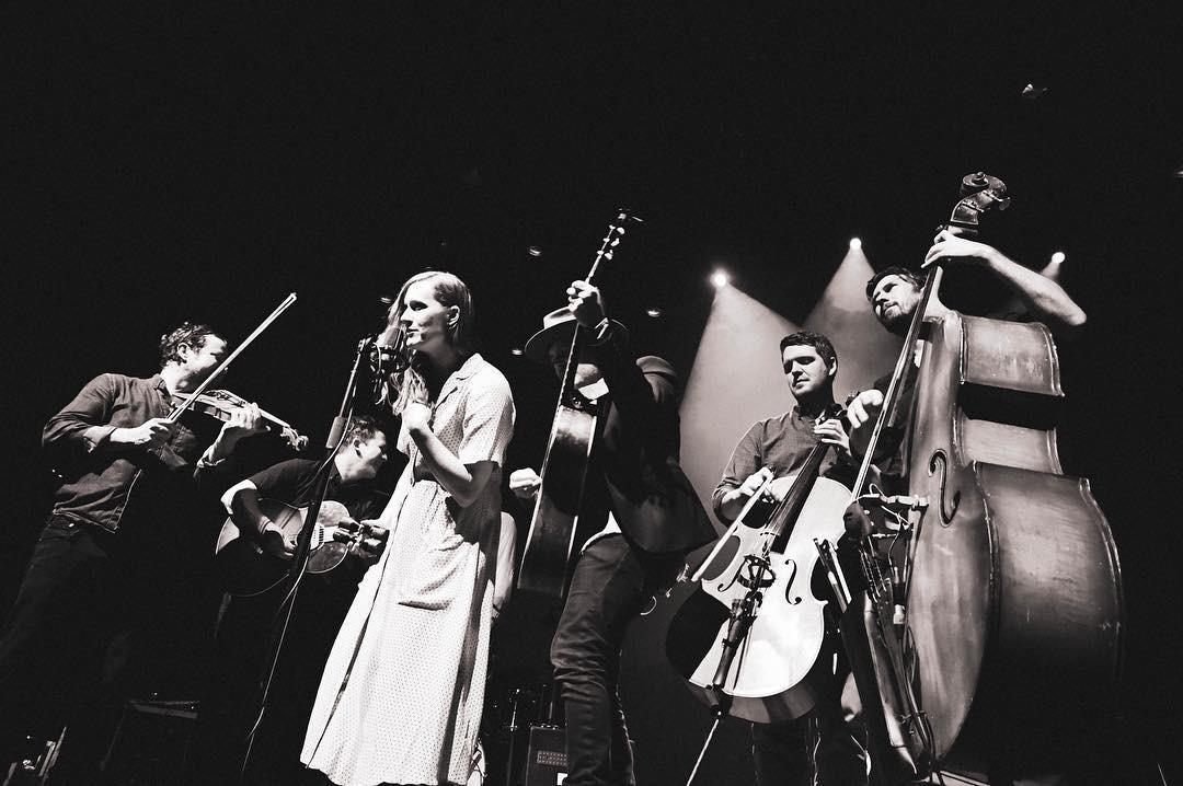 Laura Gibson em Espinho com concerto único sobre uso surreal na verdade
