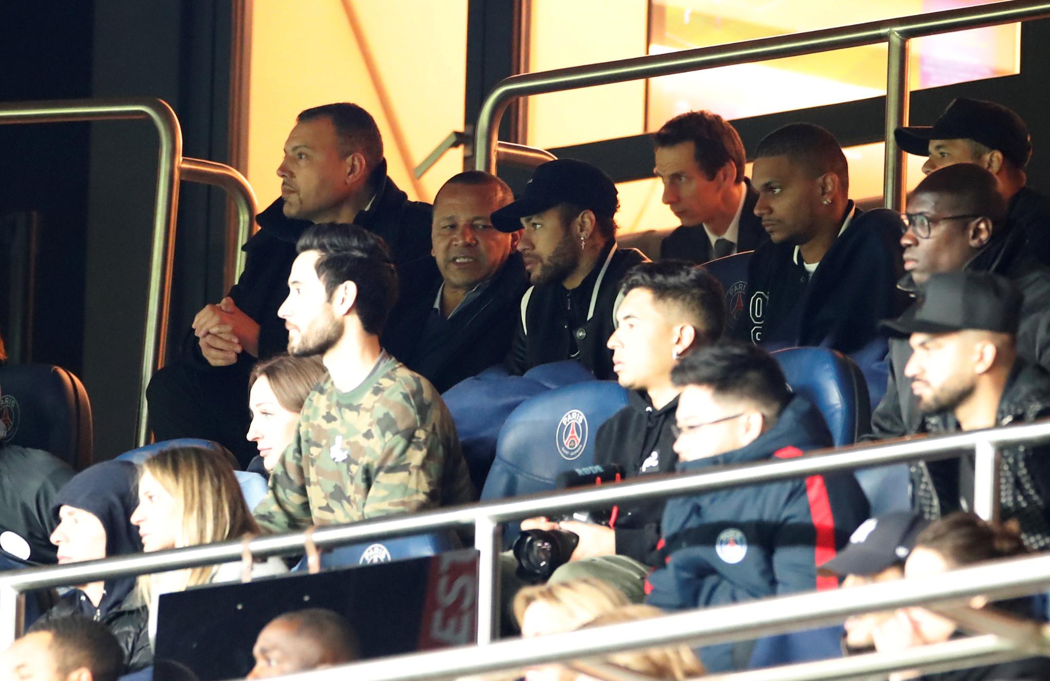 Cantona e pai de Neymar quase chegam a 'vias de facto'