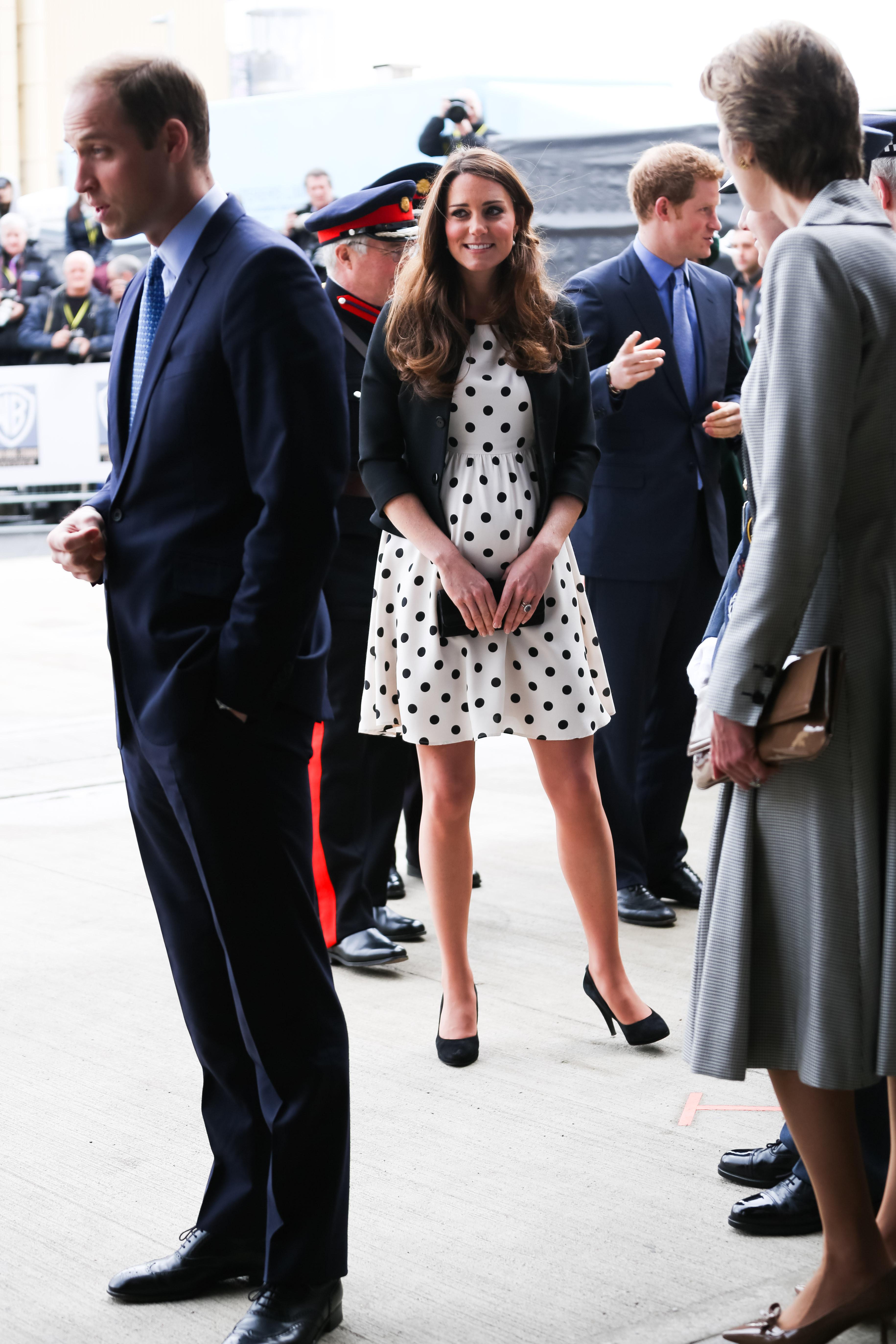 Meghan Markle inspira-se em look de gravidez de Kate Middleton