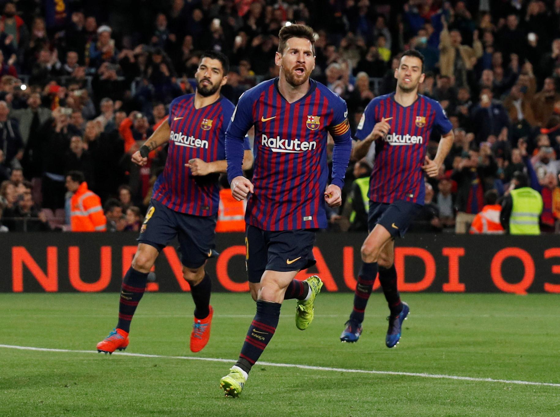Em dia histórico, Messi marca e assiste na reviravolta do Barça