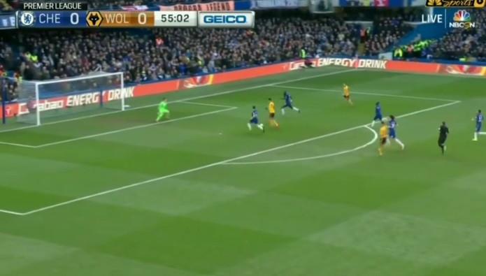Raúl Jiménez coloca Wolverhampton a vencer em Stamford Bridge