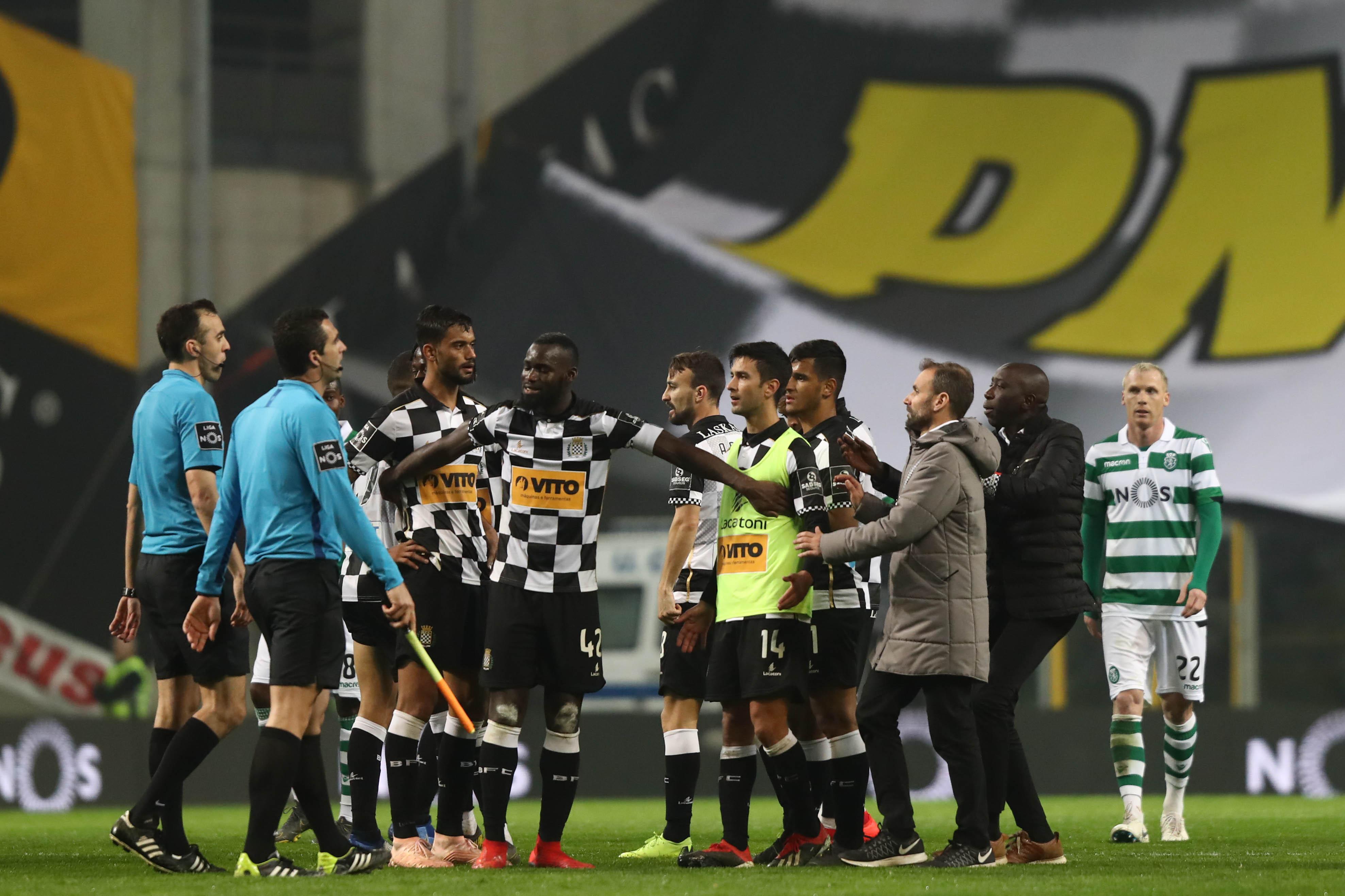 Sporting vai agir judicialmente contra sócio do Boavista