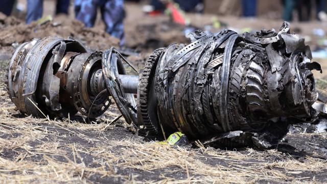 Encontrada caixa negra de avião da Ethiopian Airlines que se despenhou