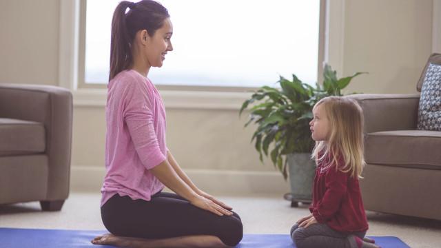 Jogos de meditação e atenção plena para toda a família