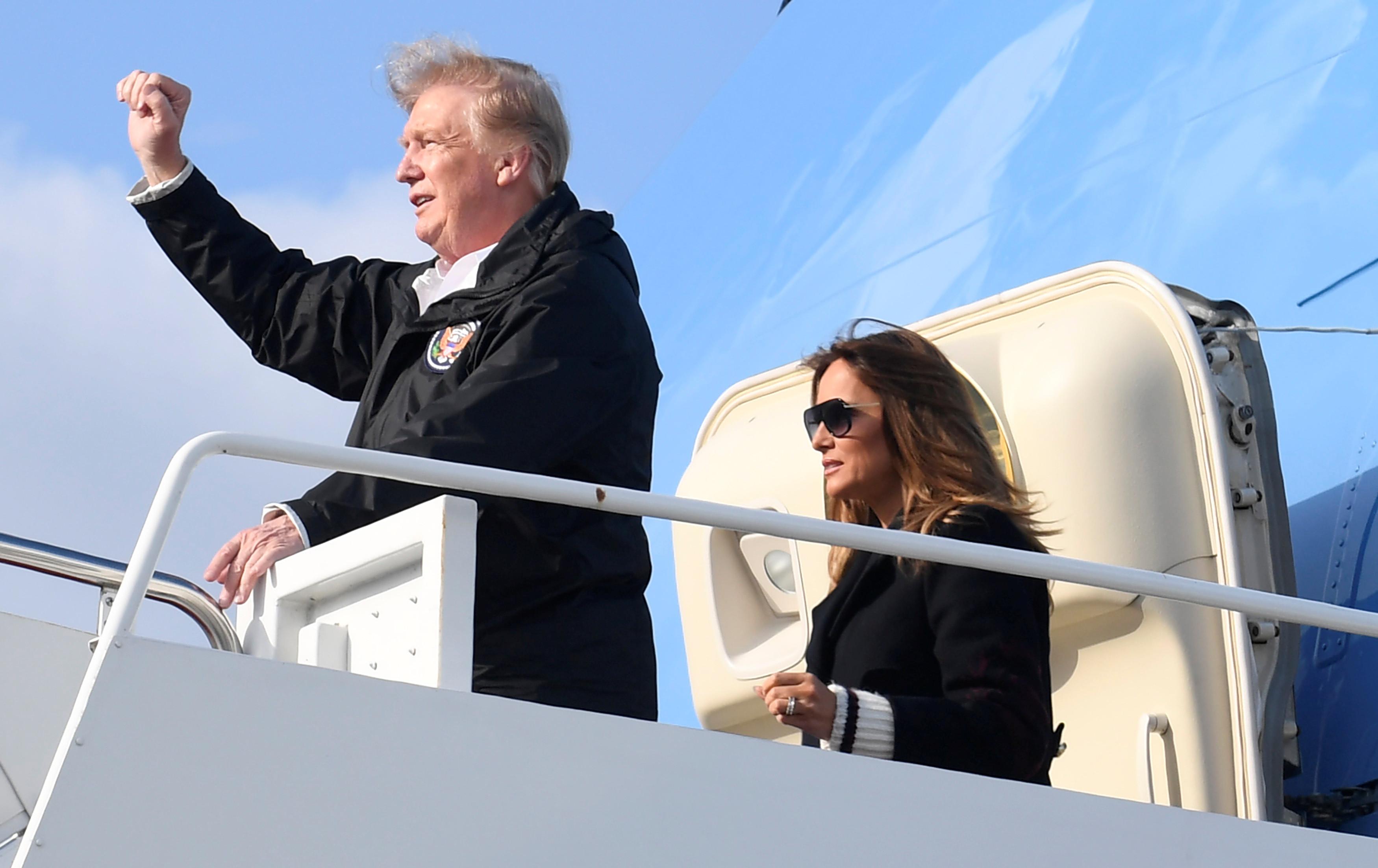Há novos rumores de que Trump anda acompanhado por 'falsa' Melania