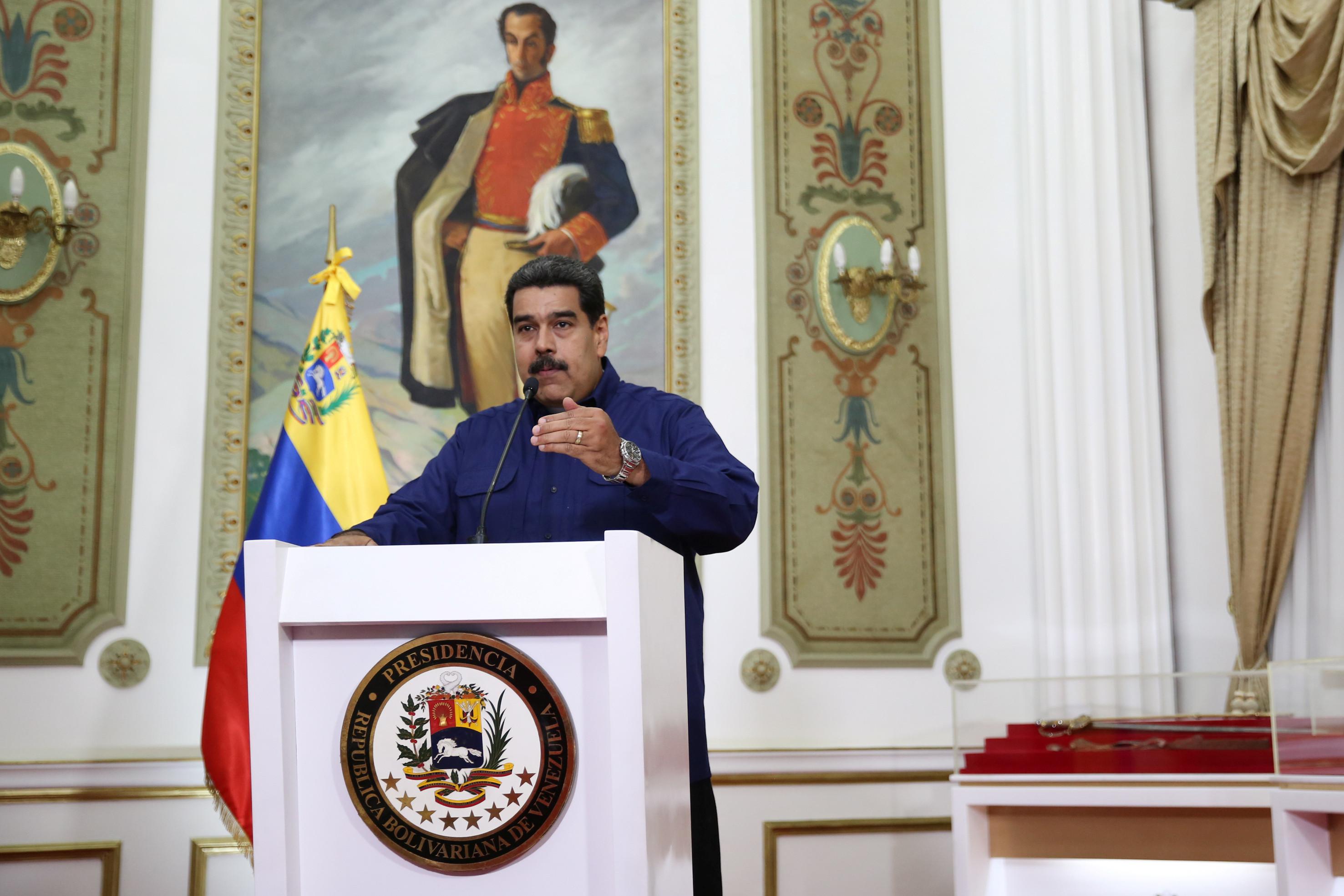 Maduro prolonga suspensão de atividades laborais e escolares por 48 horas