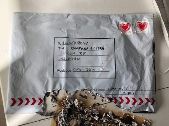 """IRA """"alega responsabilidade"""" por explosivos de Londres e Glasgow"""