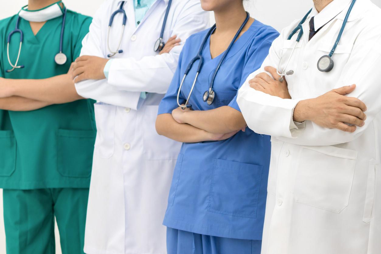Estudantes de Medicina estranham apelo da ministra da Saúde