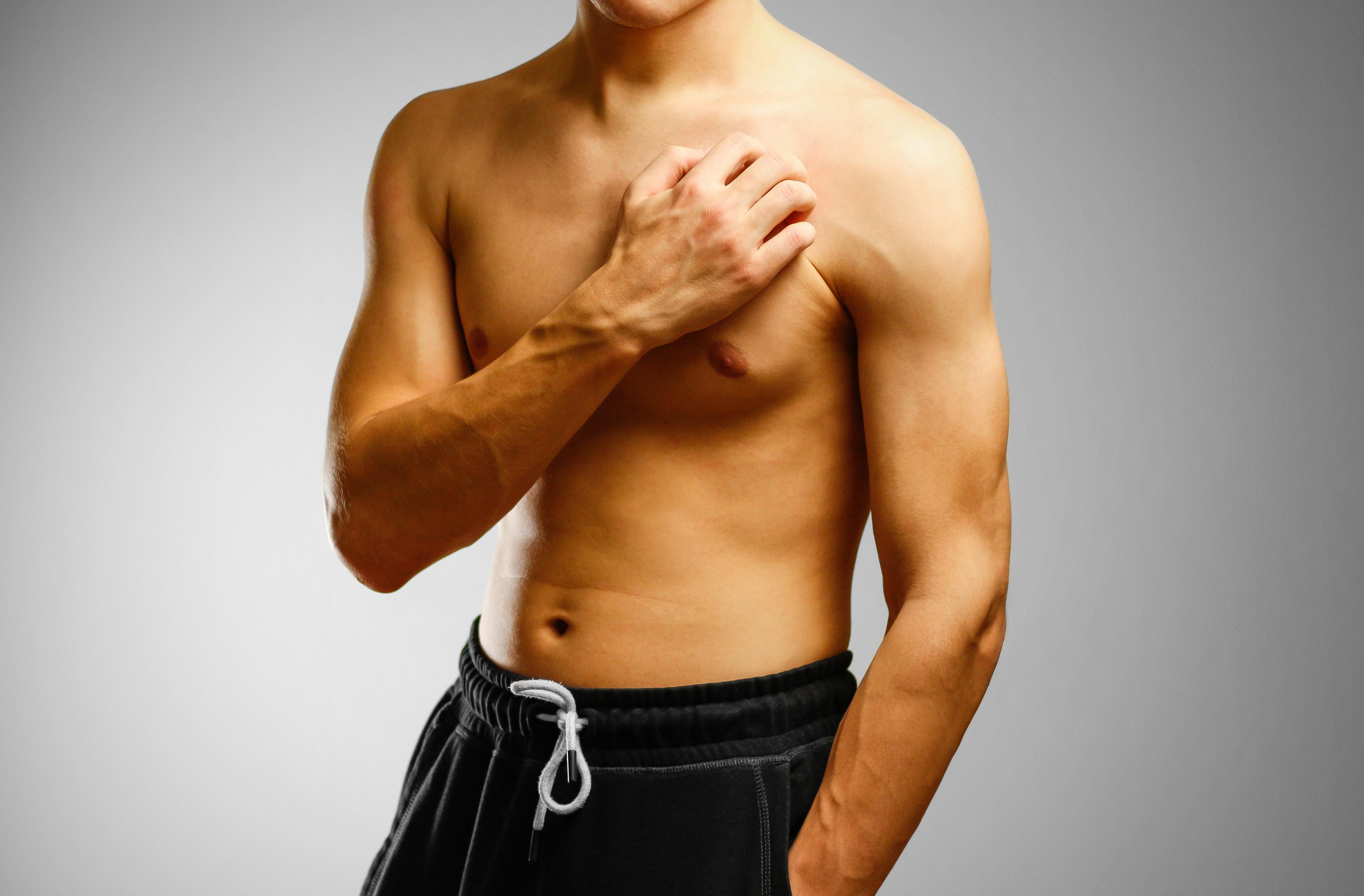Apesar de raro, o cancro da mama também afeta homens. Conheça os sinais