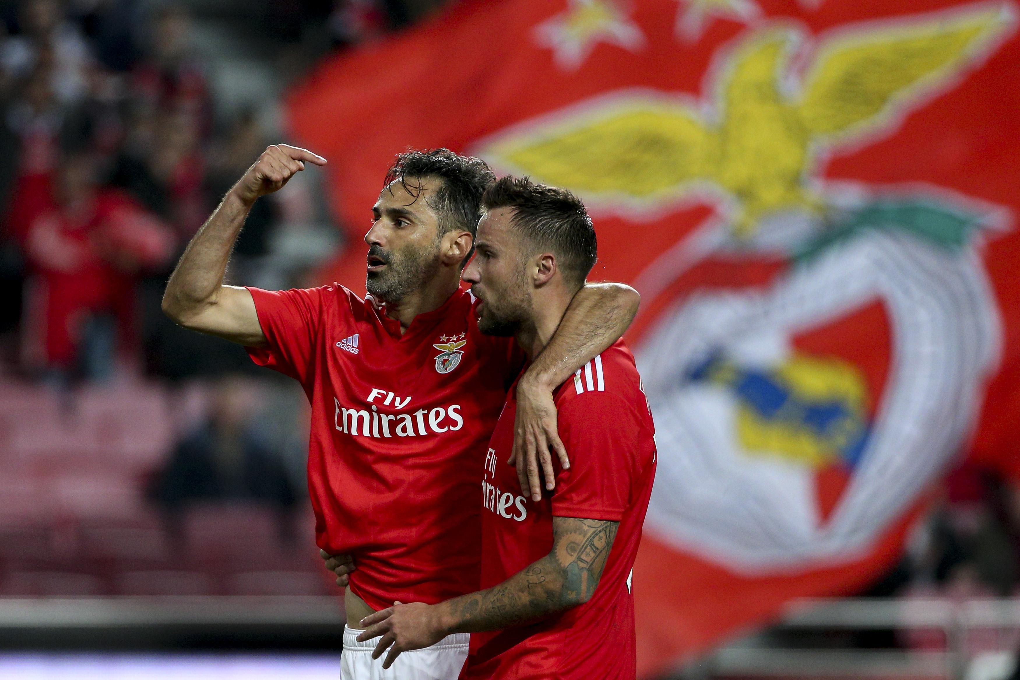 Jonas ou Seferovic: Afinal, quem faz mais falta ao Benfica?