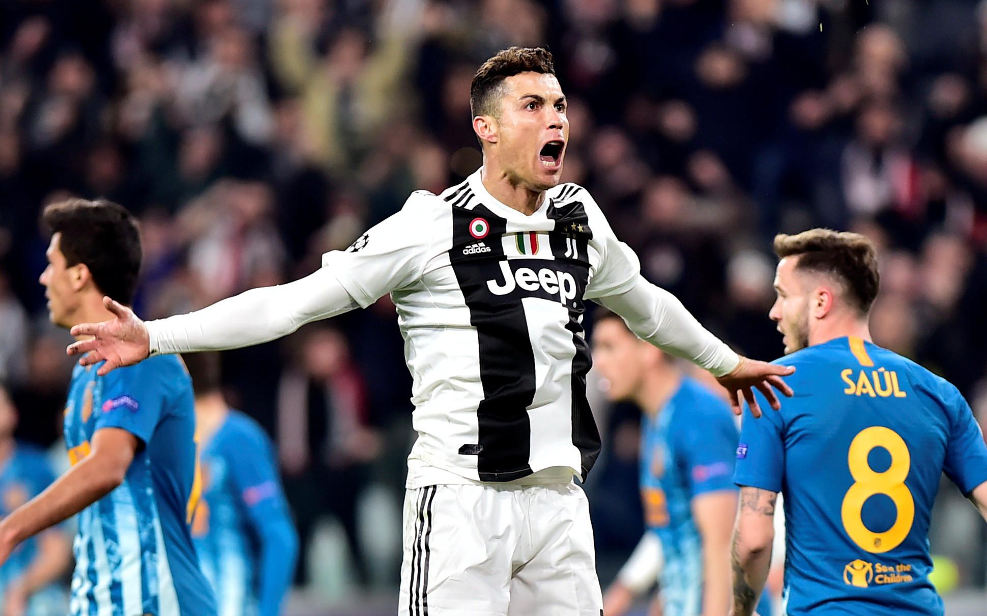 A noite foi de Ronaldo. Incrível hat-trick coloca Juventus nos 'quartos'