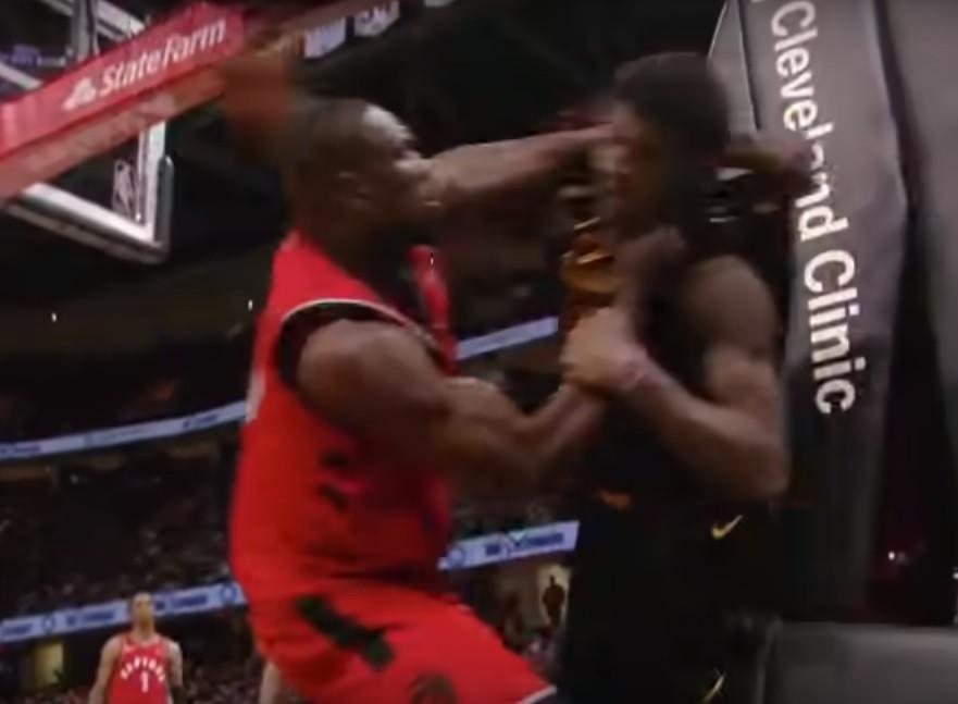 Agressões na NBA: Ibaka perdeu a cabeça e começou aos socos a adversário