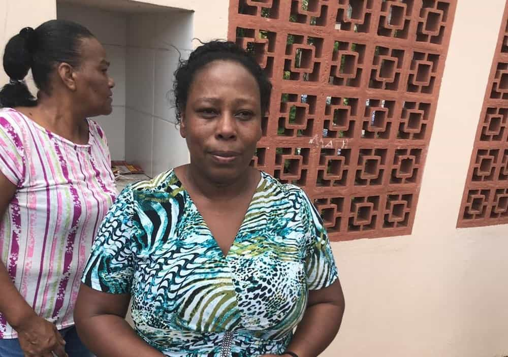 Silmara, a cozinheira a que escondeu 50 alunos dos atacantes