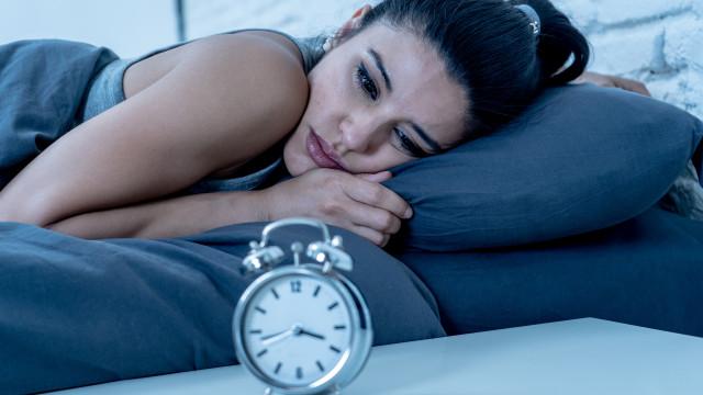 Sem descanso. Mulheres têm mais problemas de sono que os homens