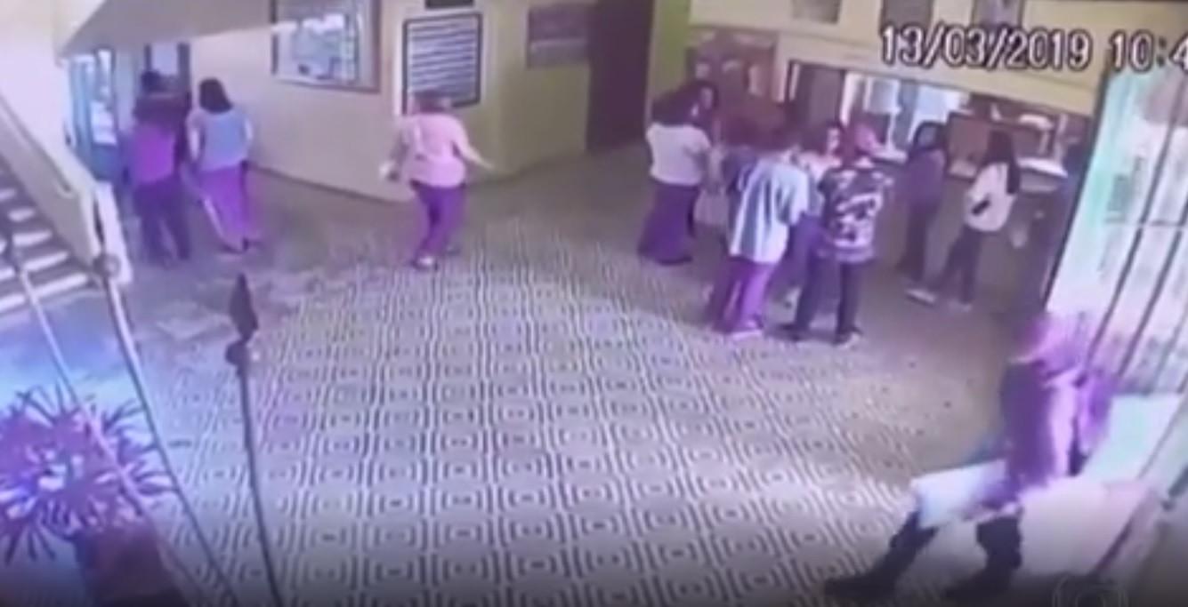Vídeo mostra momento em que atiradores entraram em escola do Brasil