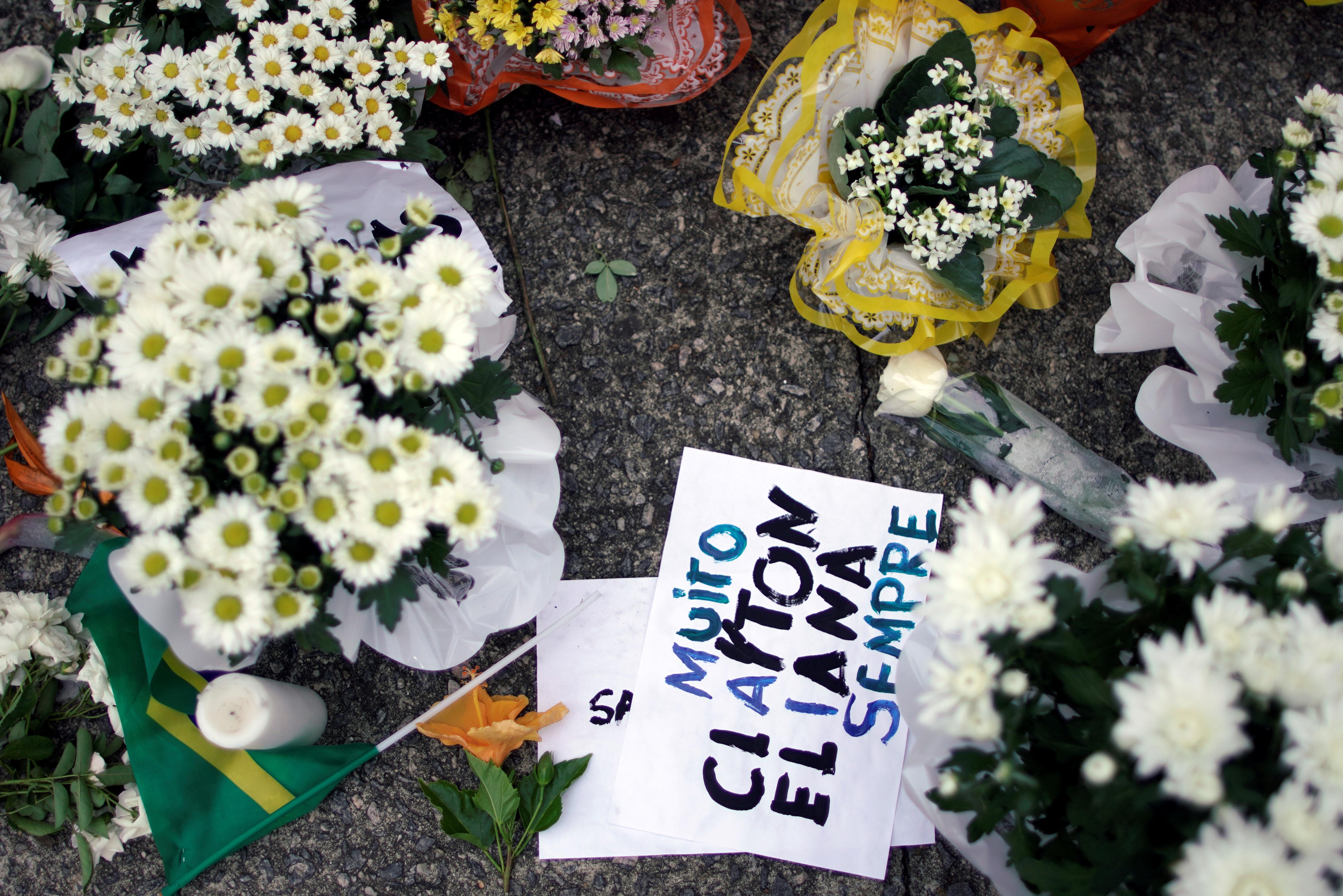 Brasil: Assassinos planearam ataque em escola durante ano e meio