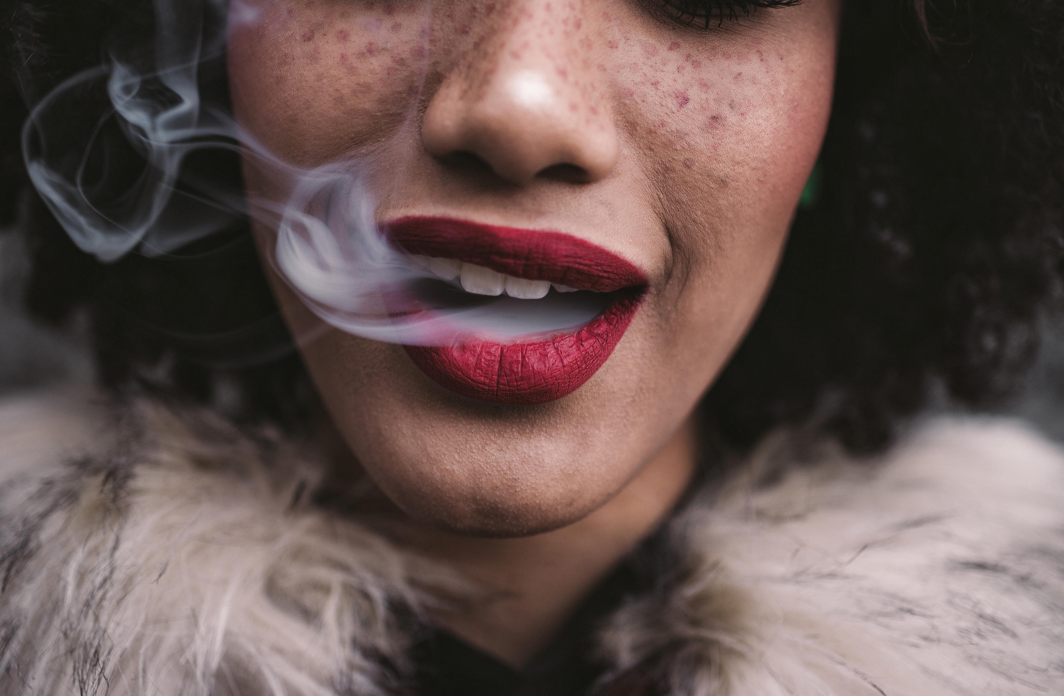 Dez benefícios médicos da marijuana que o vão surpreender