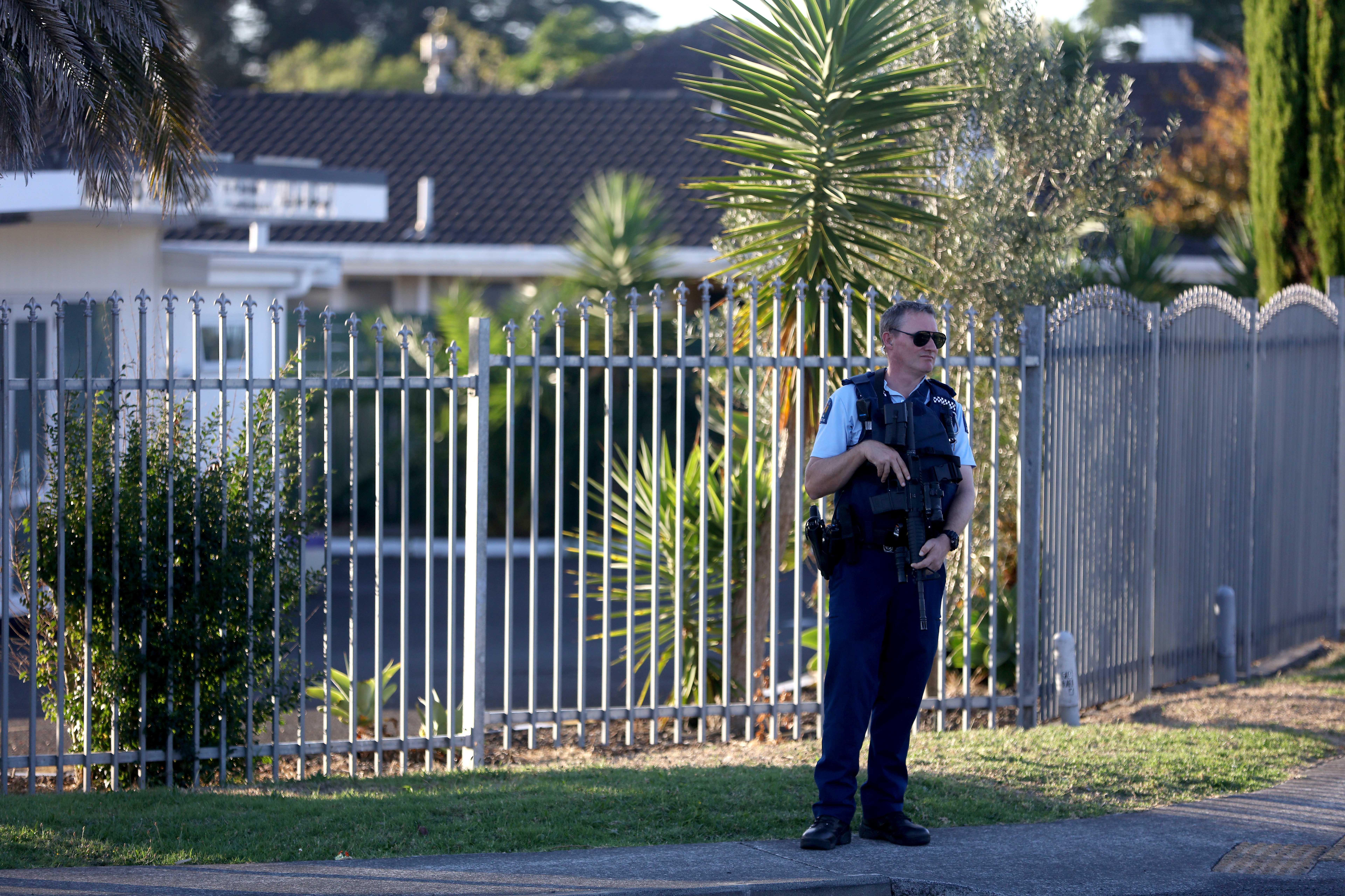Testemunha viu menina de 3 ou 4 anos a ser baleada numa das mesquitas