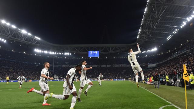 Cristiano Ronaldo recebeu mais uma distinção na Champions