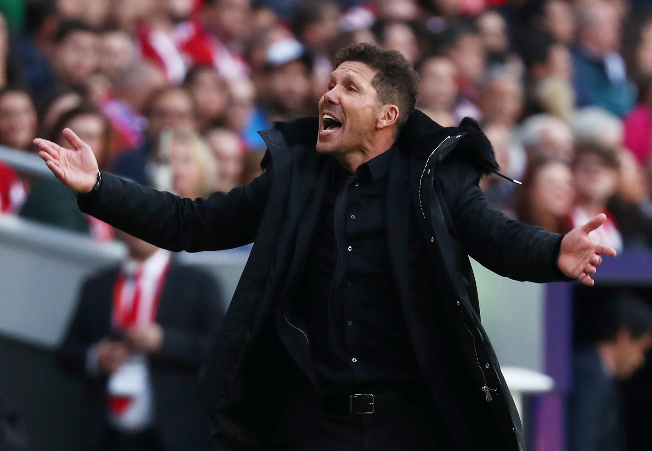 Atlético Madrid mantém confiança em Simeone mesmo após eliminação