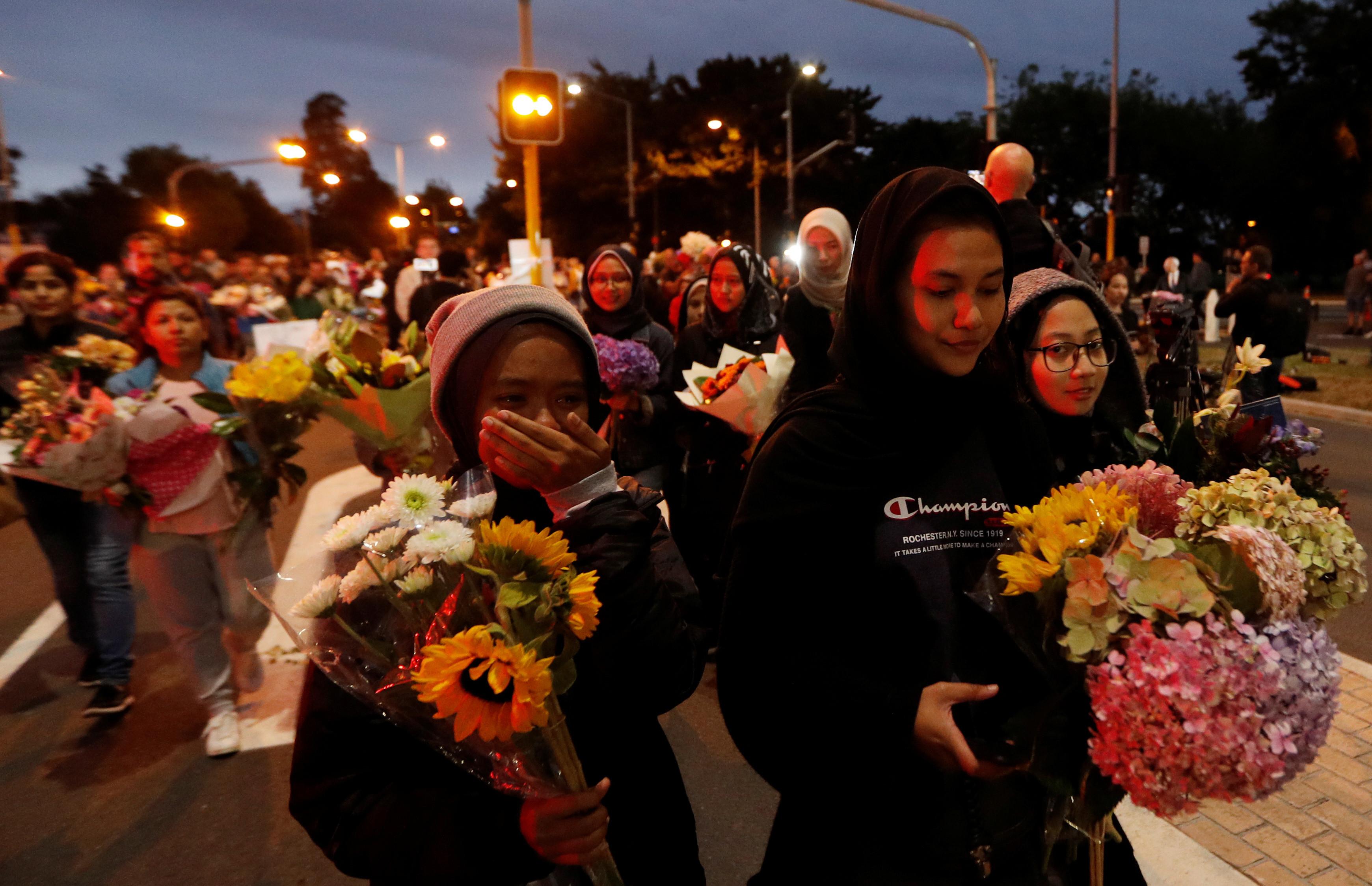 Neozelandeses organizam-se para demonstrar apoio a comunidades muçulmanas