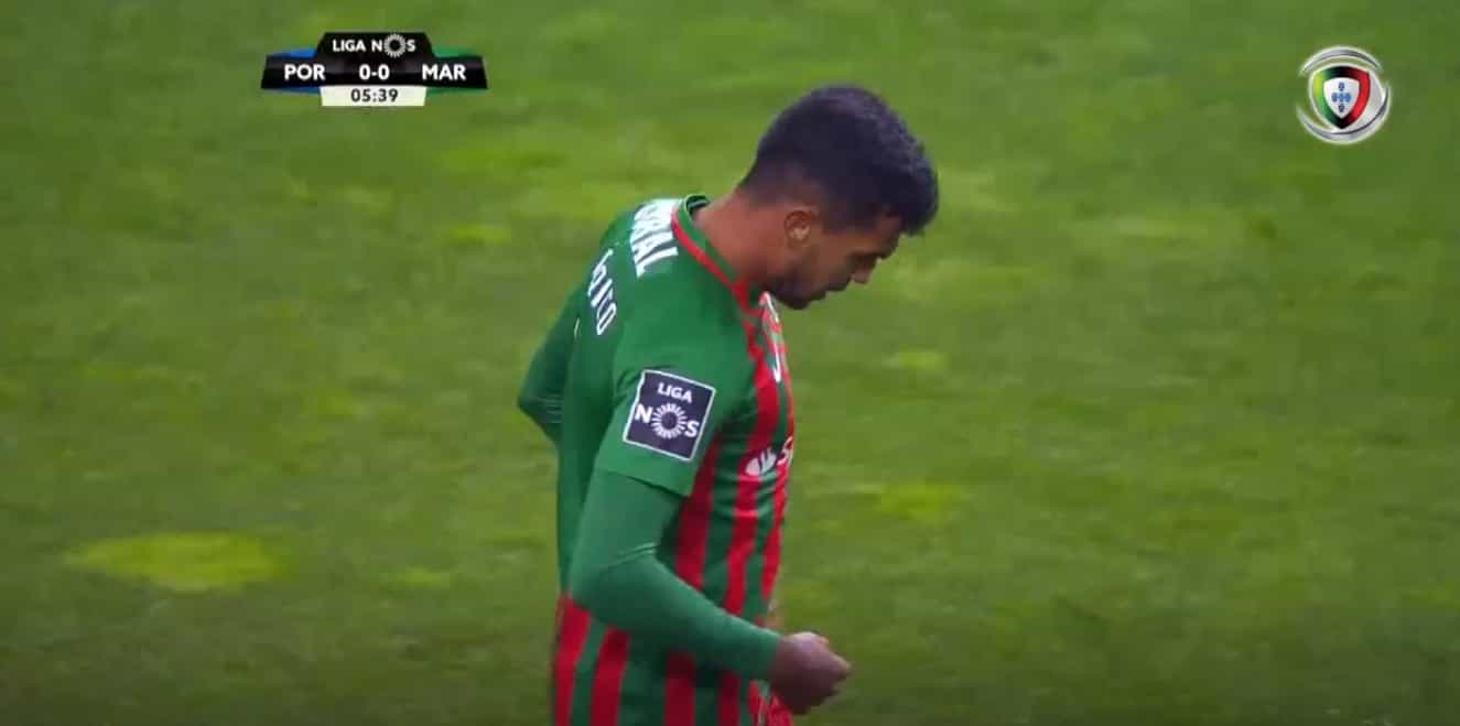 Marítimo reduzido a 10 e mais uma vez o árbitro precisou da ajuda do VAR