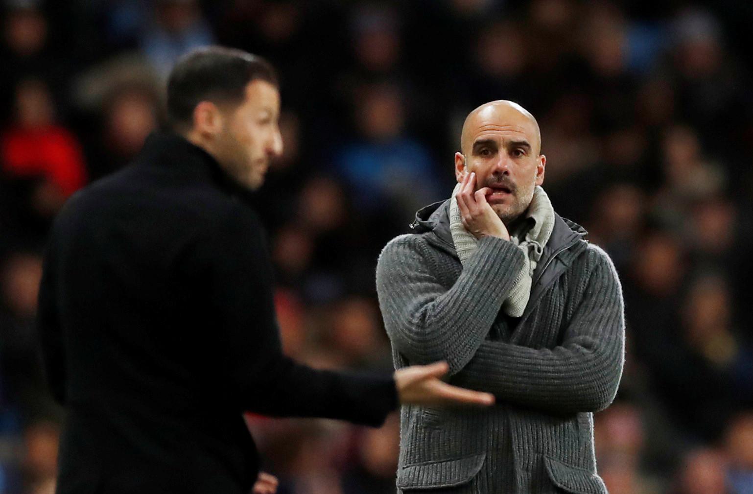 City vence e Guardiola pede desculpa por golo em fora de jogo
