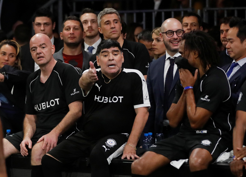 """Maradona contra Infantino: """"O futebol é outra coisa, não é a Super Bowl"""""""