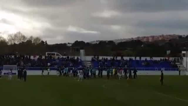 Partida entre Cova da Piedade e FC Porto B acaba com a PSP em campo
