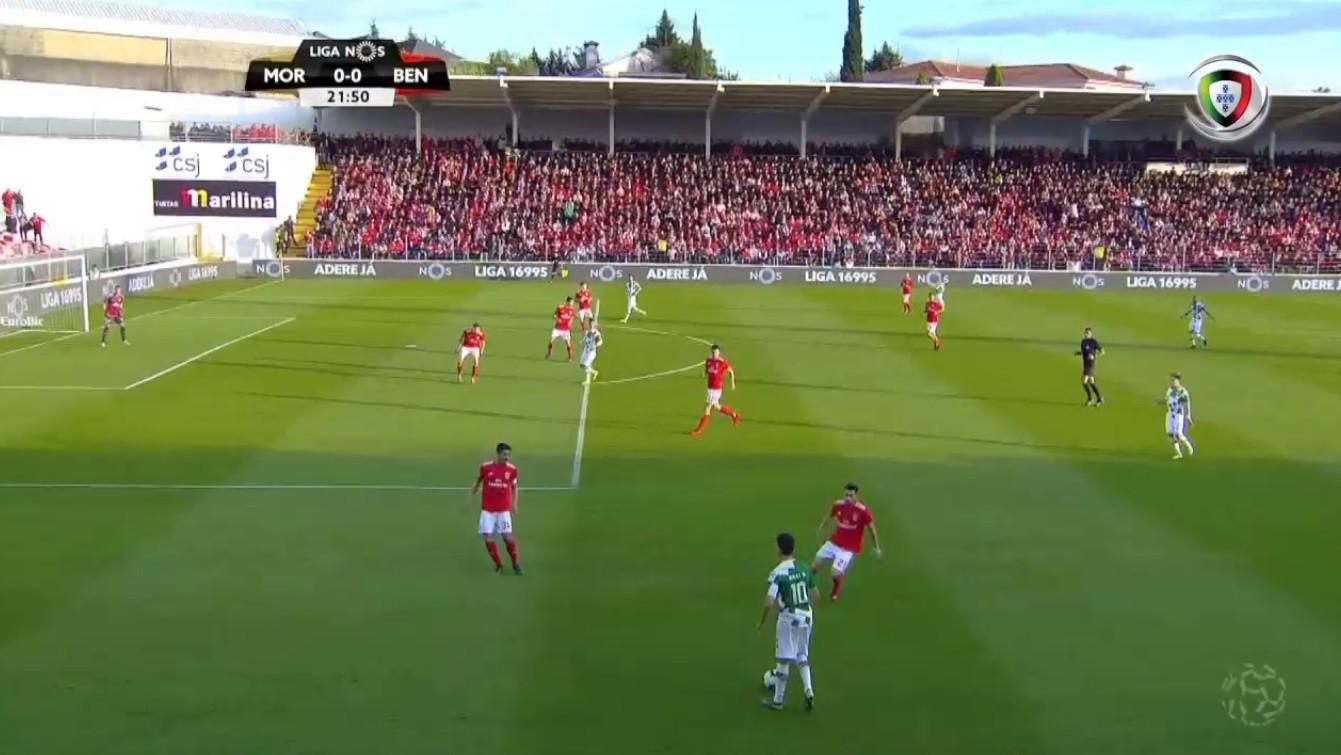 Moreirense 'gelou' Benfica, mas golo de Bilel foi anulado