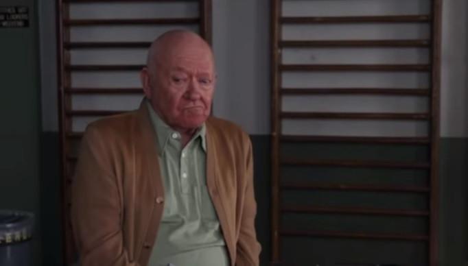 Morreu Richard Erdman, ator de 'Community' e 'Quinta Dimensão'