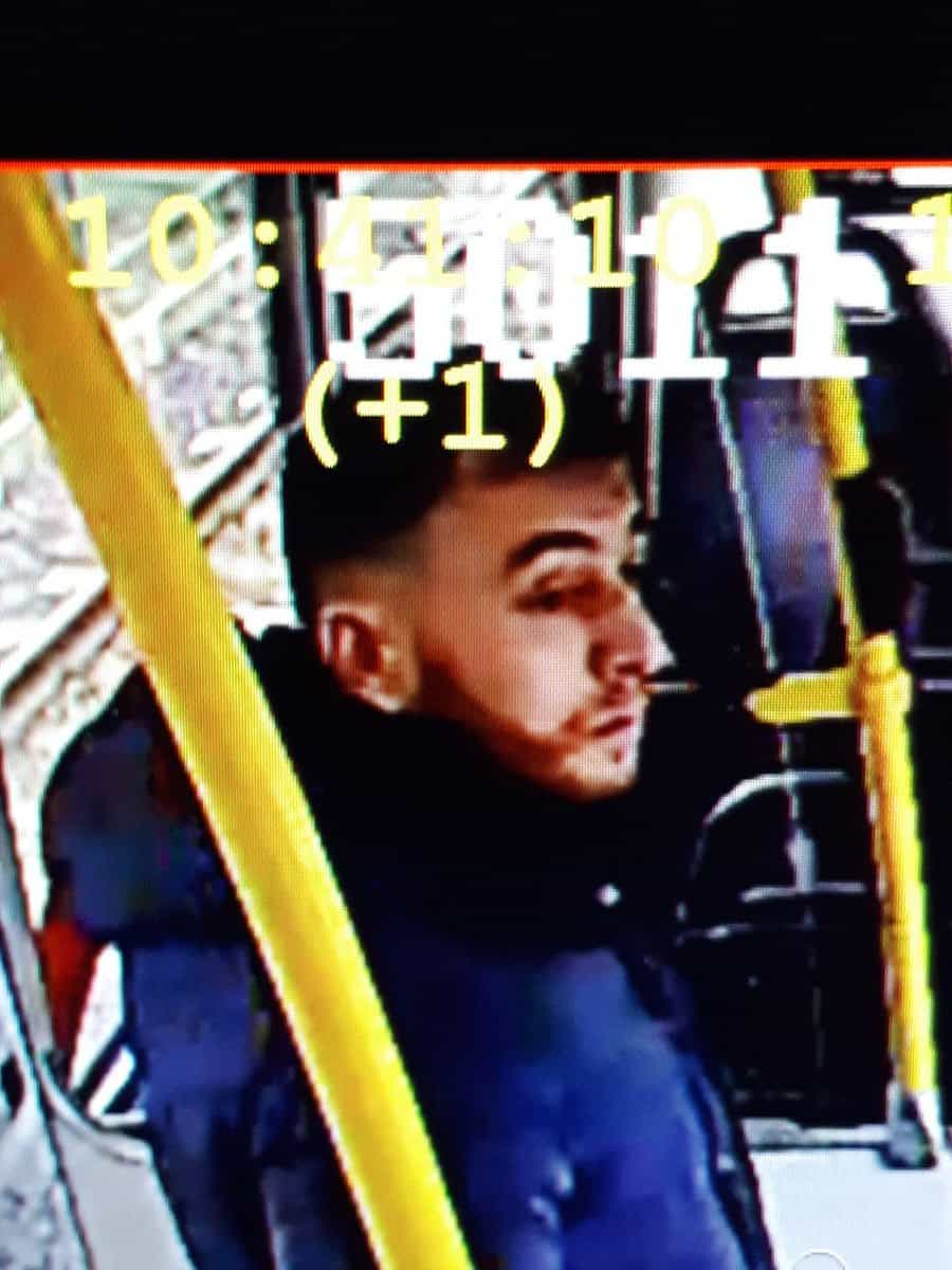 Polícia divulga imagem do suspeito do tiroteio no elétrico em Utrecht
