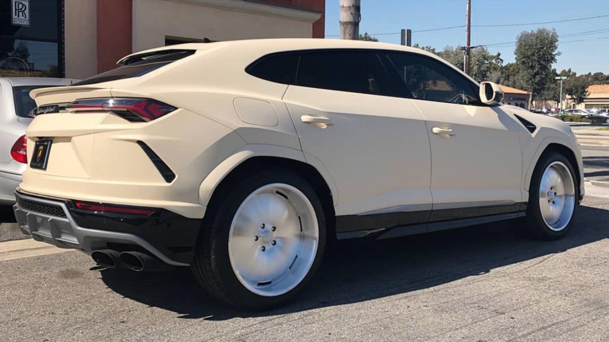 O Lamborghini Urus de Kanye West que está a causar impacto
