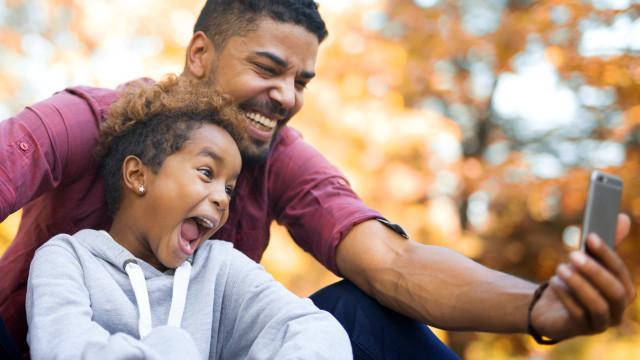 Amor: Crianças com pais com estas 3 caraterísticas são mais inteligentes