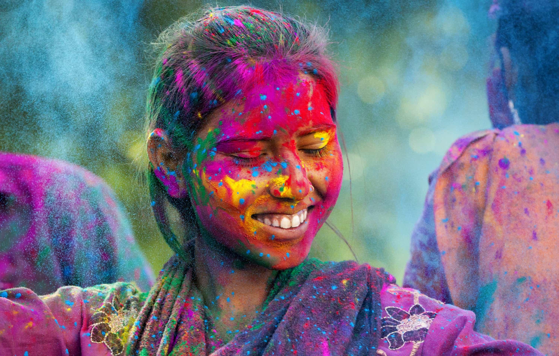 Cores infinitas: A magia do Festival Holi