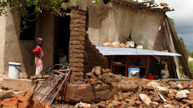 Novo balanço do Idai aponta para pelo menos 217 mortos em Moçambique