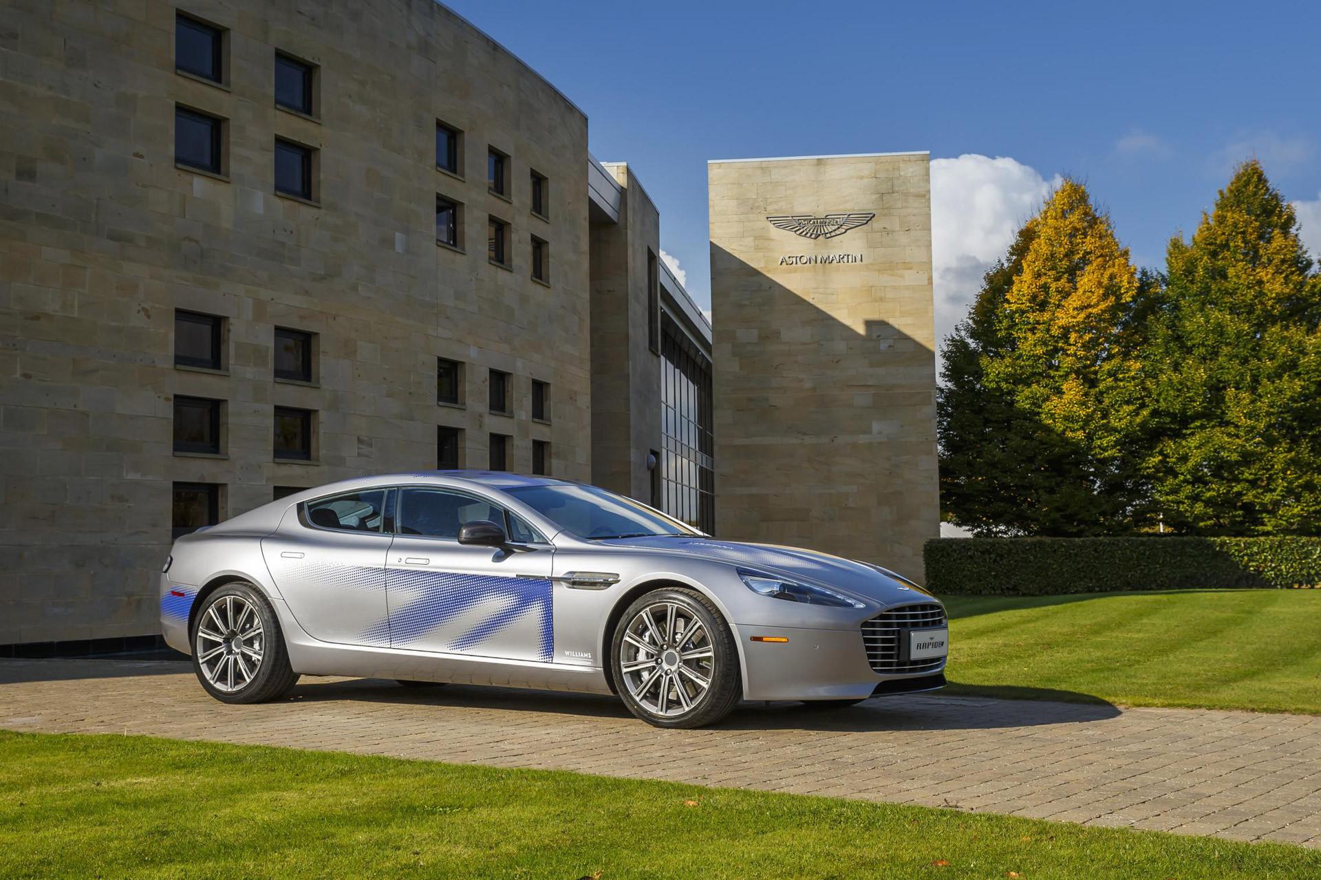James Bond poderá conduzir um Aston Martin elétrico