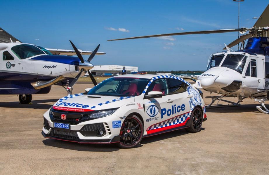 Polícia australiana teve direito a prenda especial da Honda
