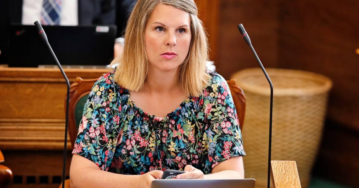 Porta-voz disse a deputada com bebé que não era bem-vinda no parlamento