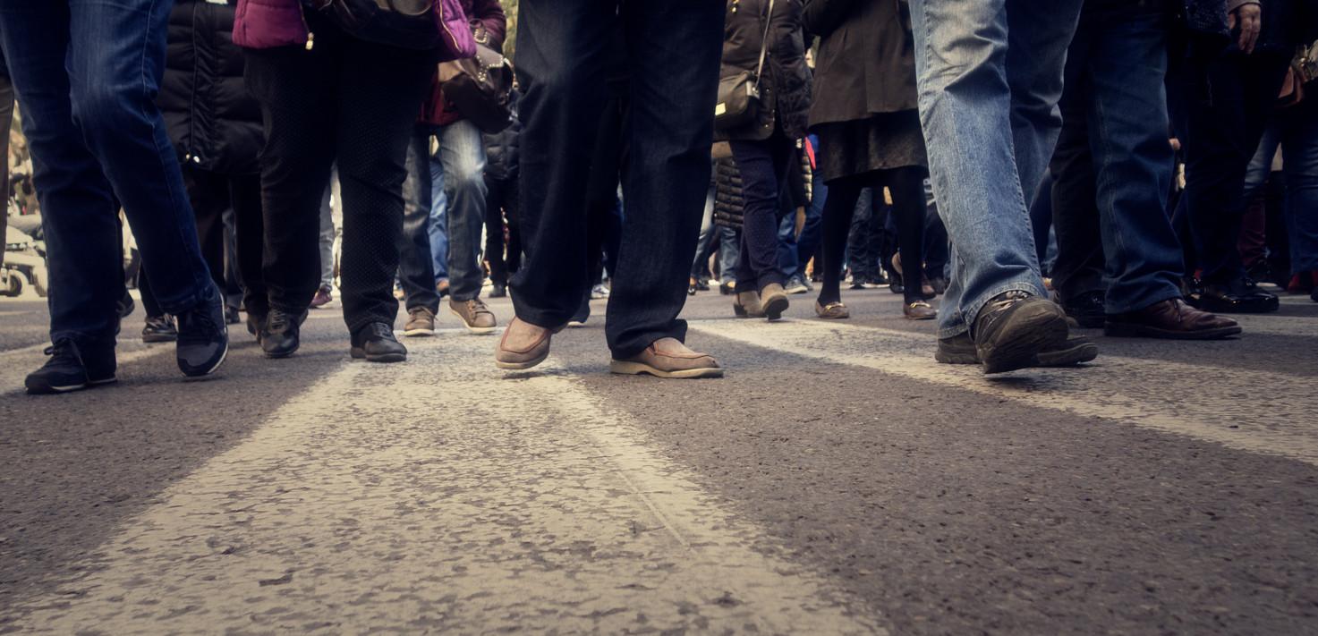 Trabalhadores da administração local protestam pela proteção de riscos