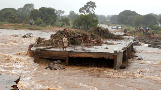 Imagens aéreas mostram devastação provocada por ciclone Idai
