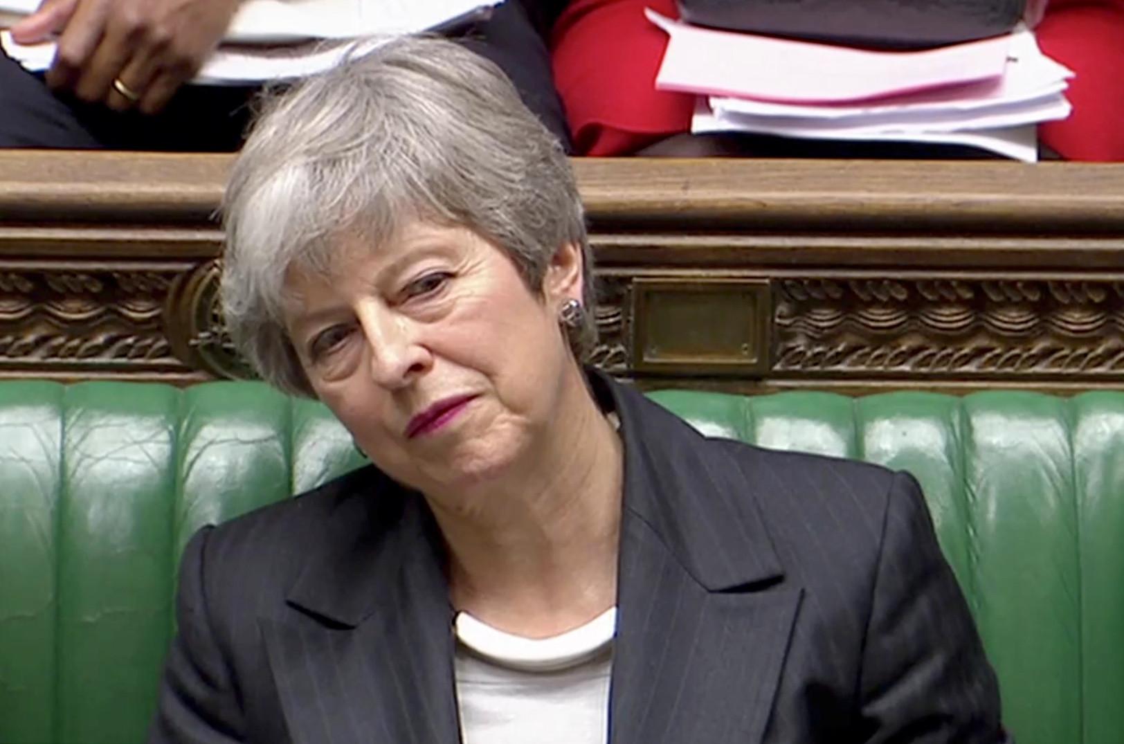 Críticas de May ao parlamento poderão ter custado apoio de deputados