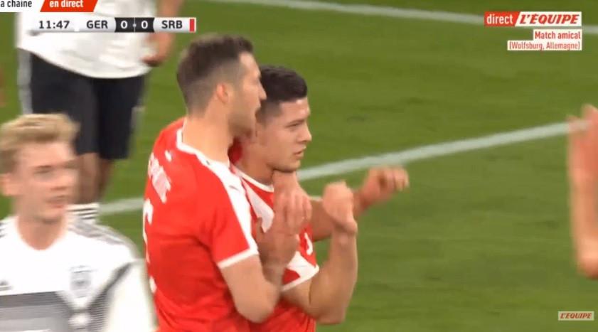 Luka Jovic segue imparável e abre o marcador do Alemanha-Sérvia