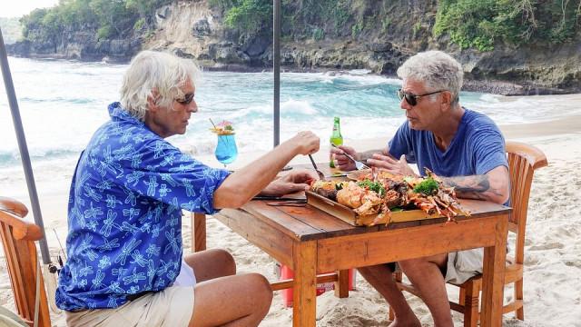 A última viagem gastronómica de Anthony Bourdain chega ao 24 Kitchen