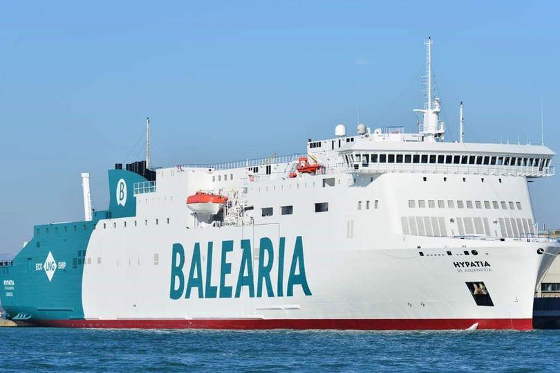 Britânico caiu de barco em Maiorca. Autoridades fazem buscas no mar