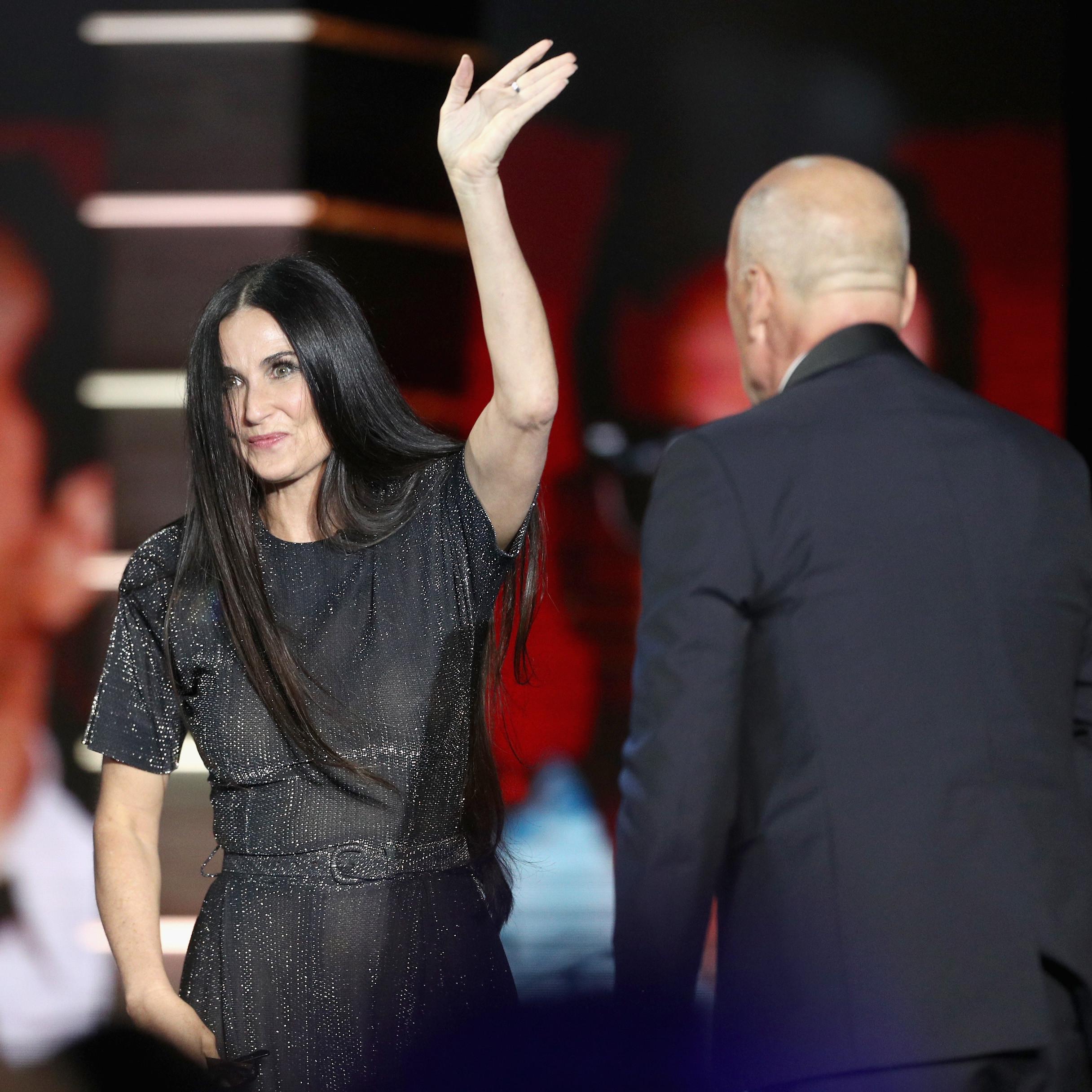 Demi Moore assiste à renovação de votos de Bruce Willis