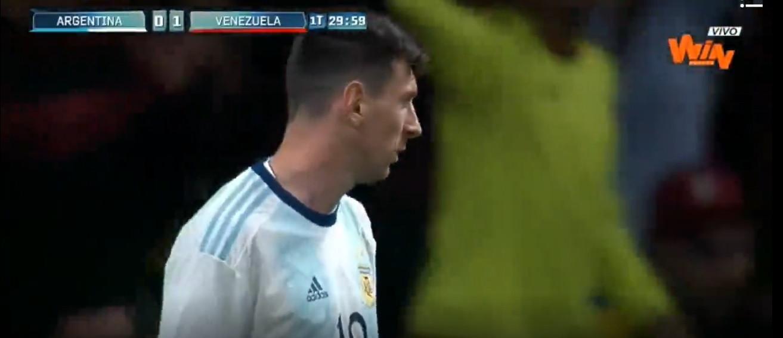 A jogada genial de Messi no regresso à seleção argentina
