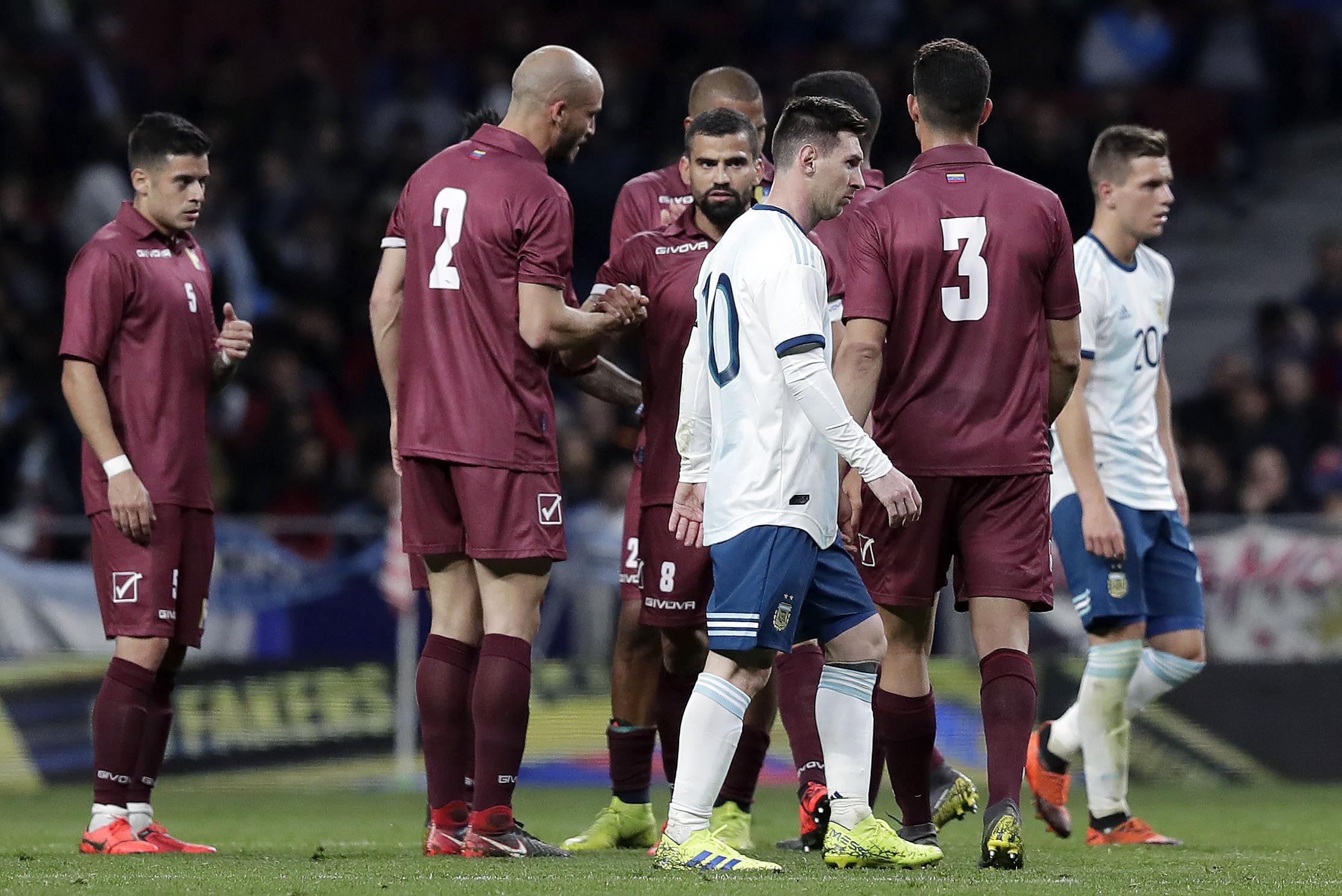 Venezuela 'estraga' regresso de Messi à seleção argentina