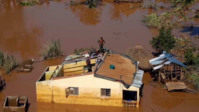 Sobe para 417 número de mortos em Moçambique