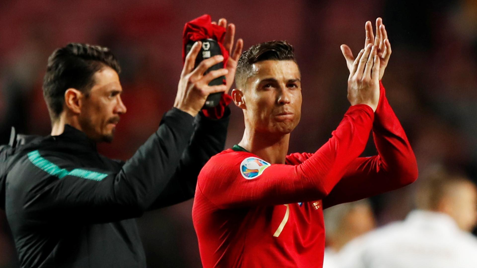 """""""Pensar em grande"""". Ronaldo já pensa no próximo jogo de Portugal"""